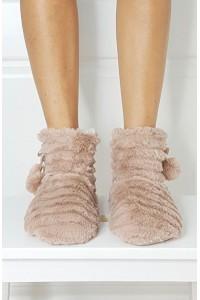 Layered Fur tapkės
