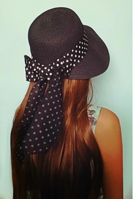 Bow Back skrybėlė