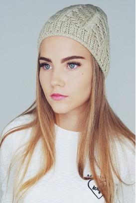 Knitted kepurė