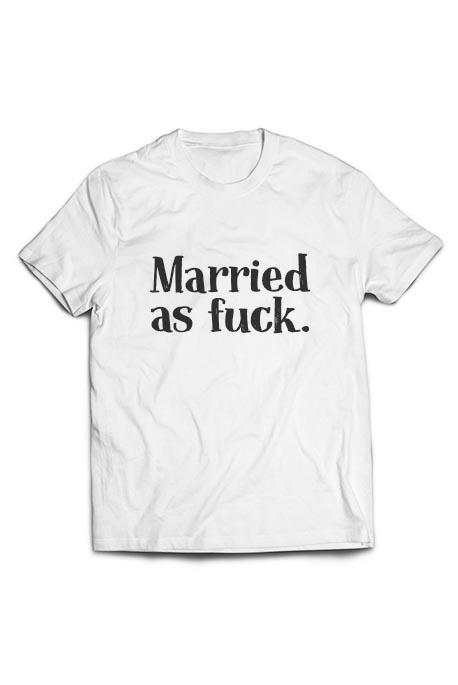 Vyr. marškinėliai Married as fuck