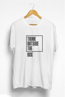 Mot. marškinėliai outside the box
