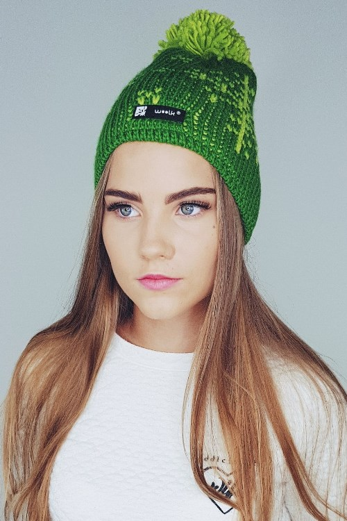 Winter kepurė su bumbulu