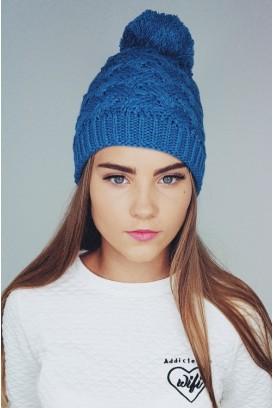 Knit kepurė su bumbulu
